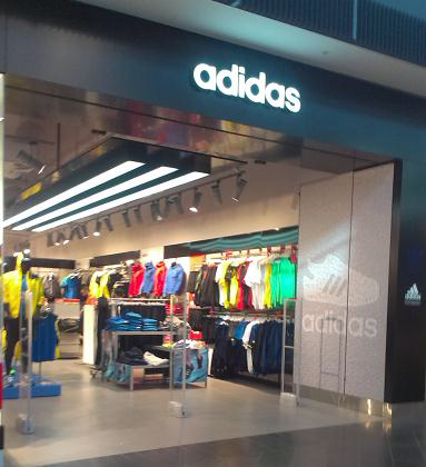 Adidas POS Roll Out